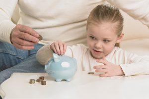 عوامل تقویت سواد مالی در کودکان